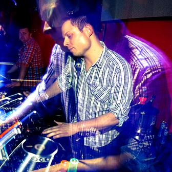 80s 90s DJ